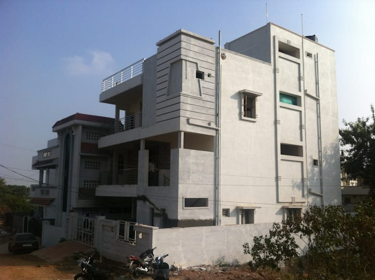 "V N RAO Residence at West Marredpally: {:asian=>""asian"", :classic=>""classic"", :colonial=>""colonial"", :country=>""country"", :eclectic=>""eclectic"", :industrial=>""industrial"", :mediterranean=>""mediterranean"", :minimalist=>""minimalist"", :modern=>""modern"", :rustic=>""rustic"", :scandinavian=>""scandinavian"", :tropical=>""tropical""}  by Walls Asia Architects and Engineers,"
