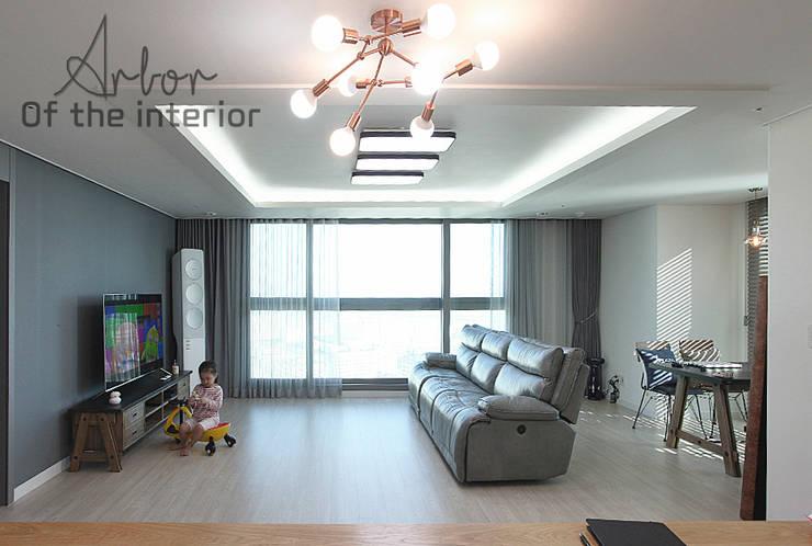 인천 송도 더샵그린스퀘어 38평형: 디자인 아버의  거실,