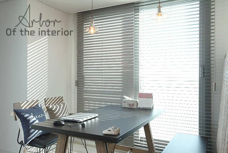 인천 송도 더샵그린스퀘어 38평형: 디자인 아버의  다이닝 룸,