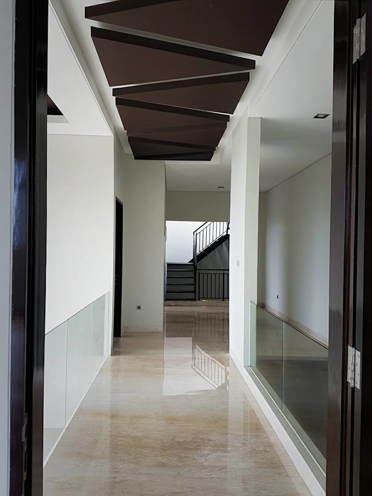 Koridor dan lorong by Perfectio Architects