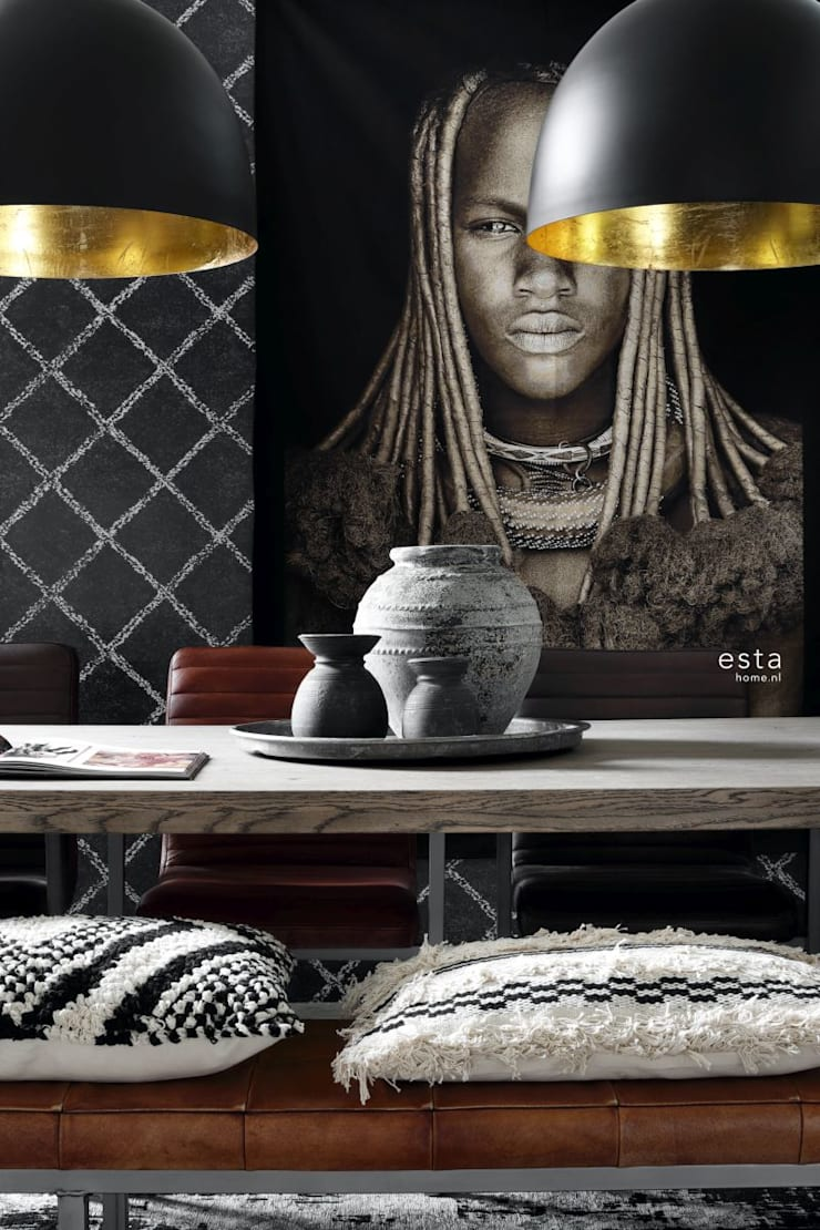 krijtverf eco texture vliesbehang oosters berber tapijt zwart met mat witte print:   door ESTAhome.nl, Eclectisch