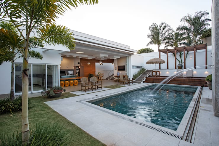 Pool by Misael Cardoso Arquitetura