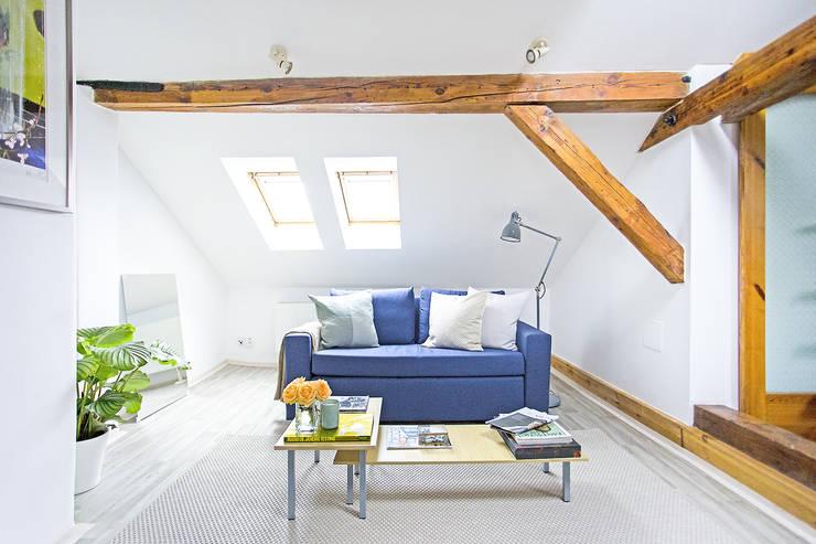 Projekty,  Salon zaprojektowane przez Stag Pads International Ltd.