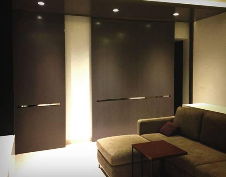 Vila SS Whitefield | Bangalore | India: Salas multimedia de estilo moderno de Studioapart