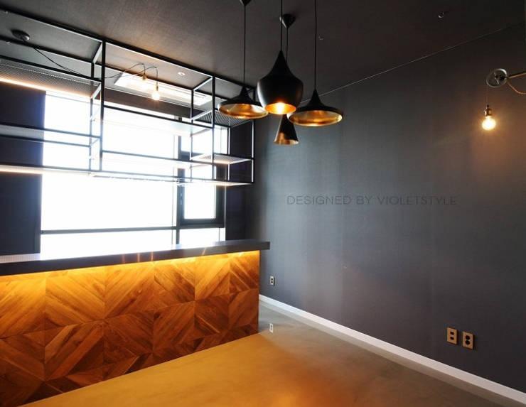 일산 요진와이시티 펜트하우스: 바이올렛스타일의  방