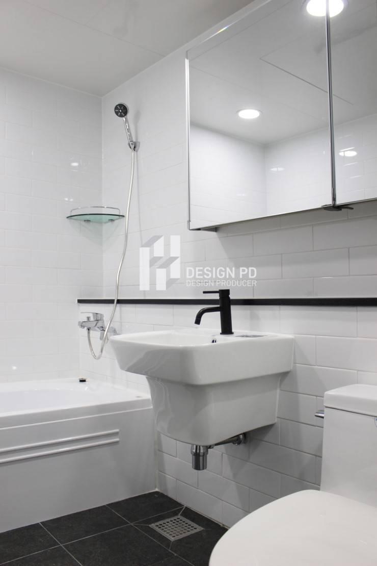 경남 아너스빌: 디자인 PD의  욕실