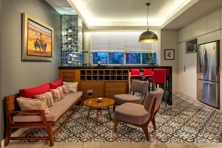 Departamento DV (2016): Cocinas de estilo ecléctico por Weber Arquitectos