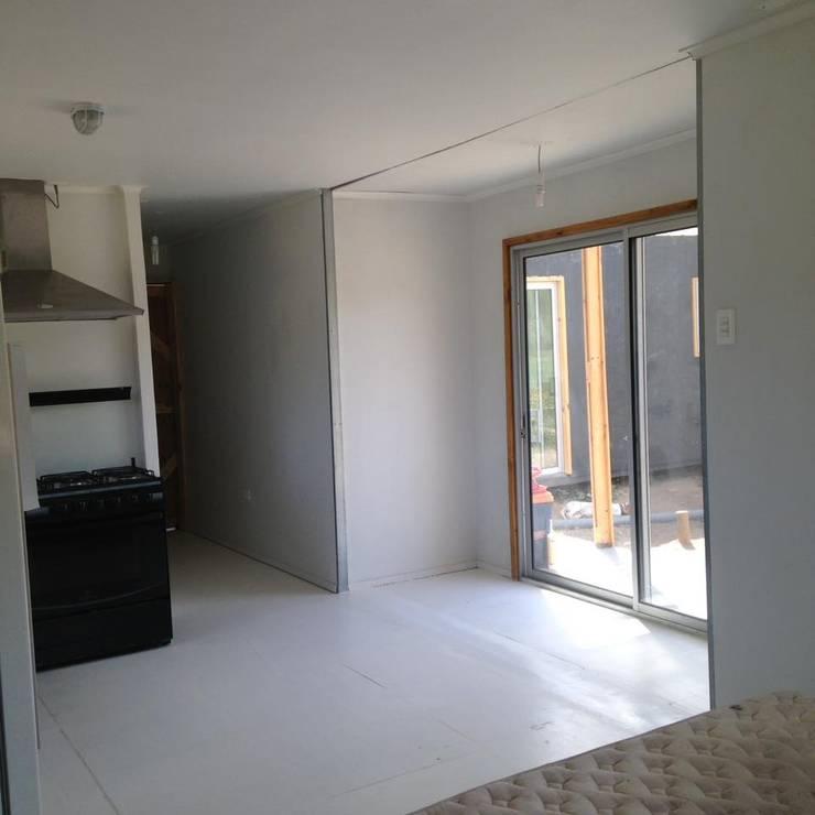 Vivienda Modular 3x9 + 1x3: Casas de estilo  por Estudioeco21