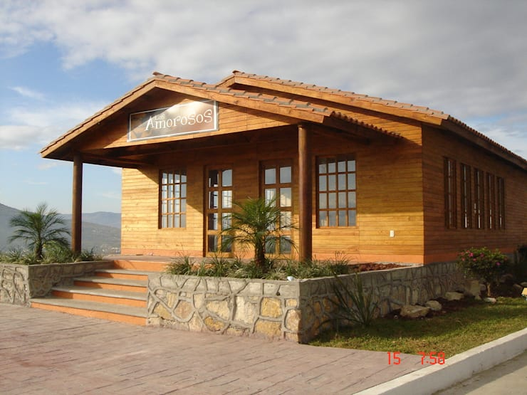 ALGUNAS DE NUESTRAS CONSTRUCCIONES REALIZADAS: Casas de estilo  por GRUPO CONSTRUCTOR RIO DORADO (MRD-TADPYC)