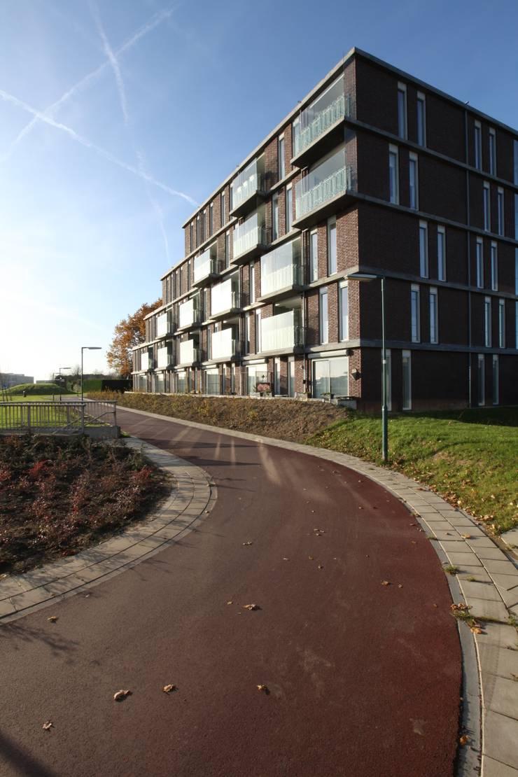 414galleySE:  Huizen door JWG Architecten, Modern