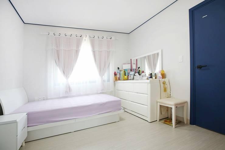 자연과 벗하며 사는 전원주택: 한글주택(주)의  침실