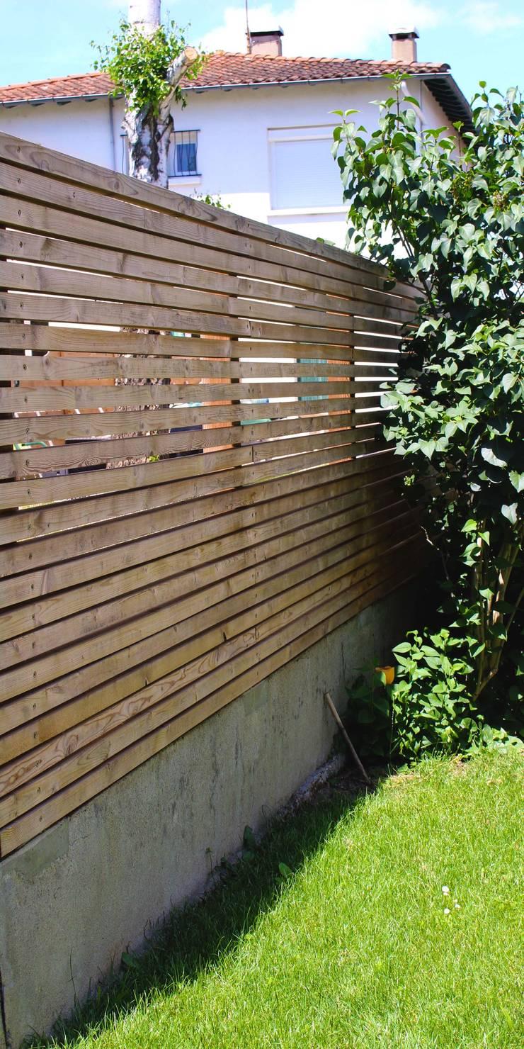 Claustras Jardin moderne par Constans Paysage Moderne