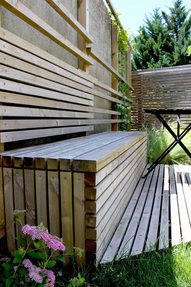 Assise Jardin moderne par Constans Paysage Moderne