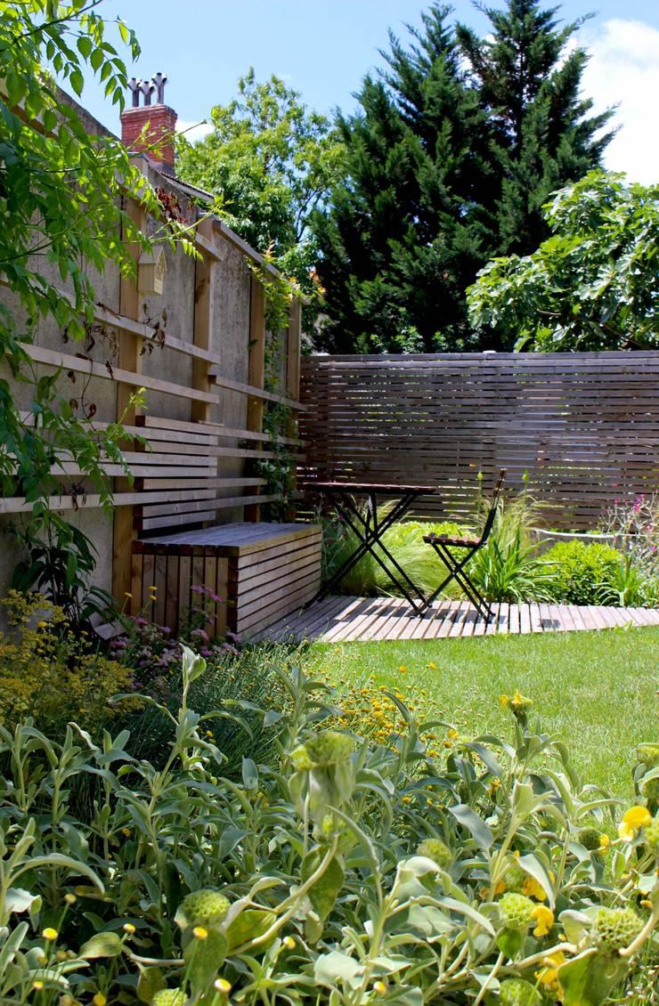 terrasse cocooning Jardin moderne par Constans Paysage Moderne