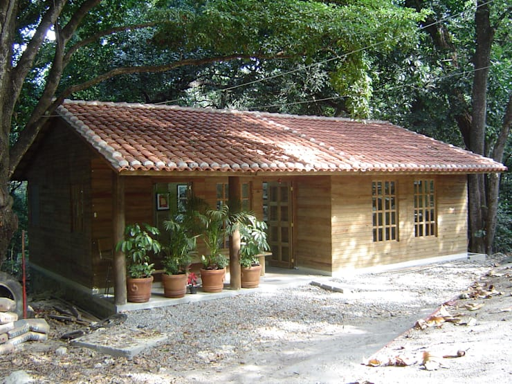 Phòng học/Văn phòng by Casas y cabañas de Madera  -GRUPO CONSTRUCTOR RIO DORADO (MRD-TADPYC)