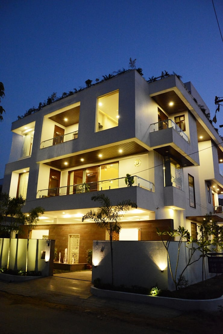Bungalow Exterior:  Houses by VB Design Studio,
