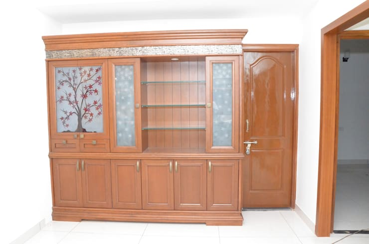 Wardrobe Online India:  Living room by Scale Inch Pvt. Ltd.