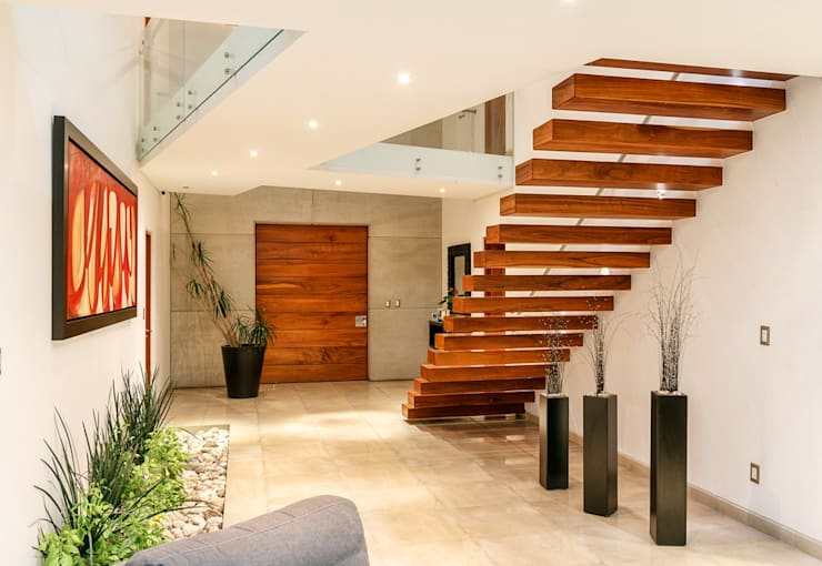 CASA REGENCY 28: Pasillos y recibidores de estilo  por SANTIAGO PARDO ARQUITECTO