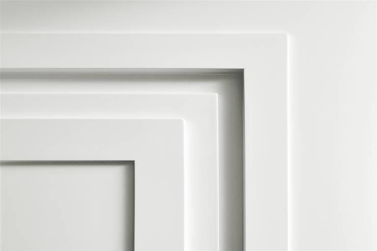 PENTHOUSE AMSTERDAM:  Ramen & deuren door J.PHINE