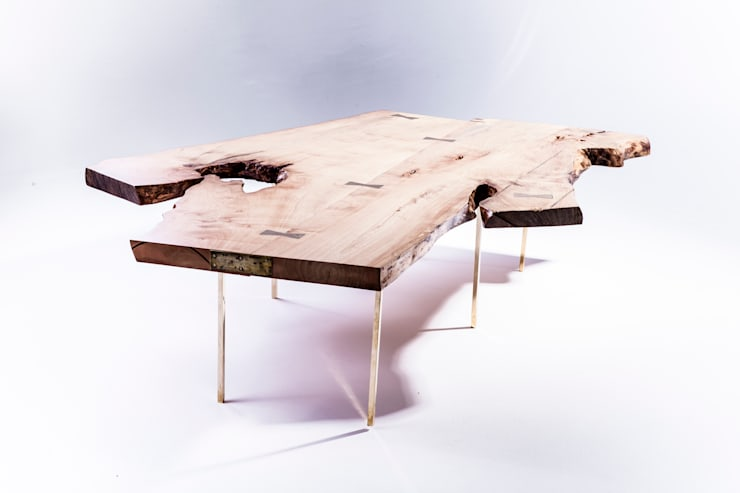 Live edge coffee table:  Living room by Egg Designs CC