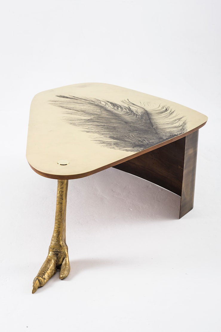 Ostrich Leg coffee table:  Living room by Egg Designs CC