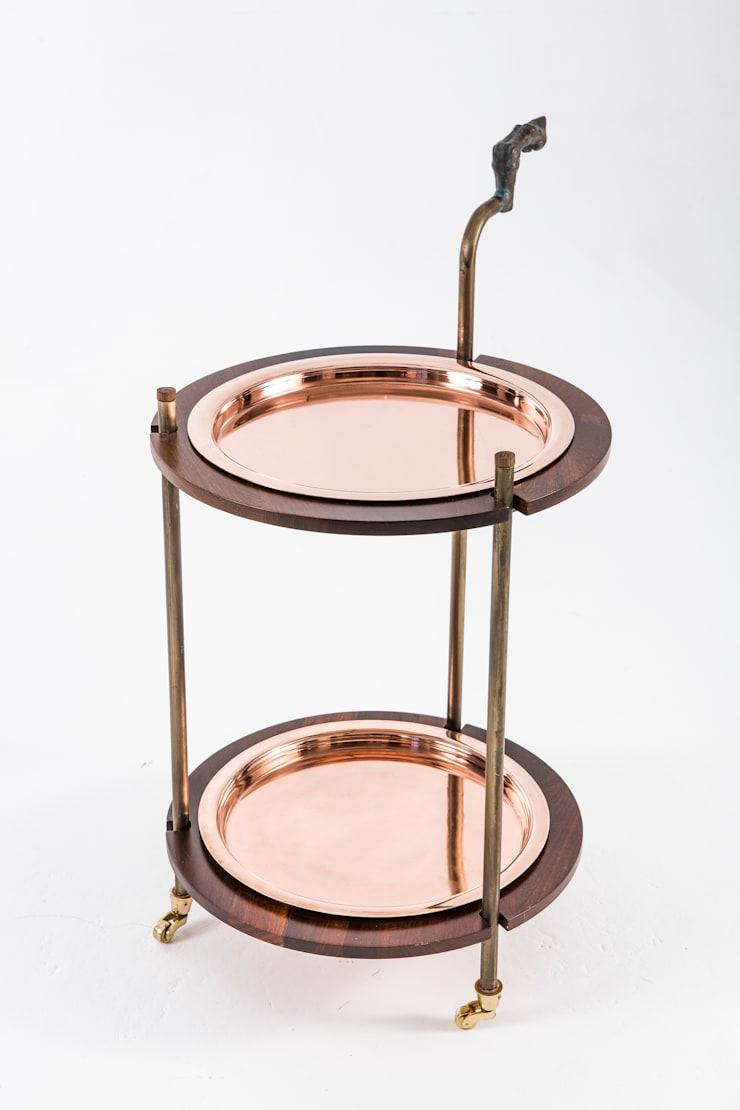 Gizelle Drinks trolley:  Living room by Egg Designs CC
