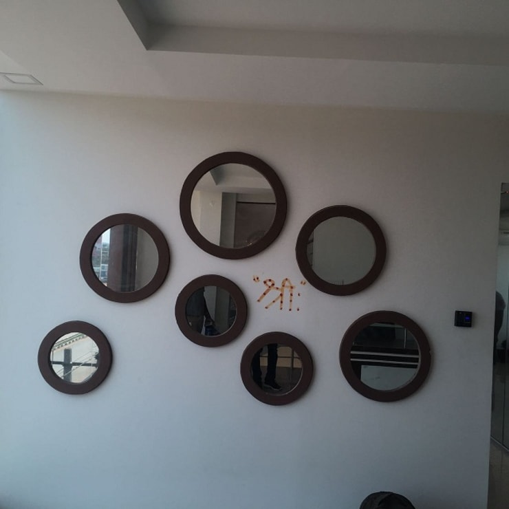 Office Interior Designers in Bangalore:  Offices & stores by Scale Inch Pvt. Ltd.
