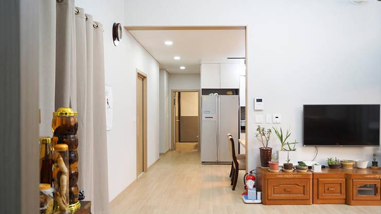 Wohnzimmer von 한다움건설