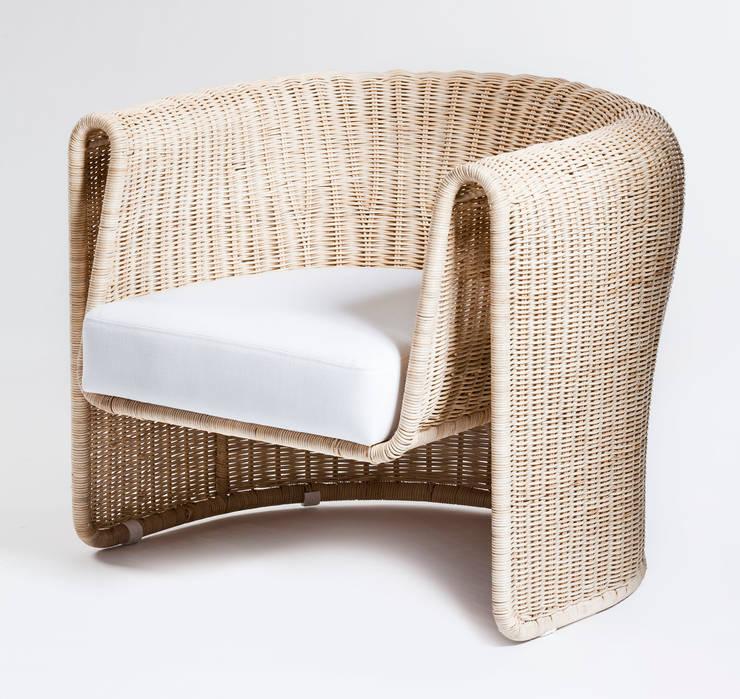 Slump chair:  Living room by Egg Designs CC
