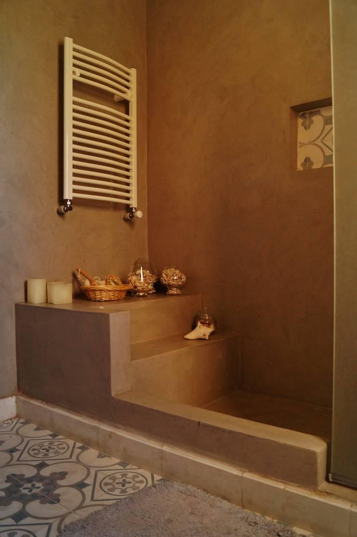 Baño en suite: Baños de estilo  por Abitar arquitectura,