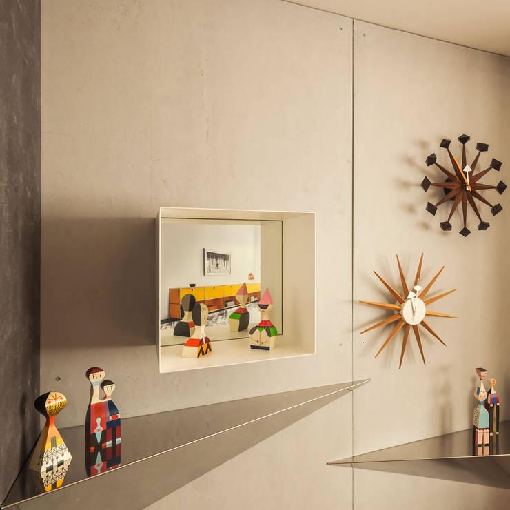 Walls by INAIN Interior Design