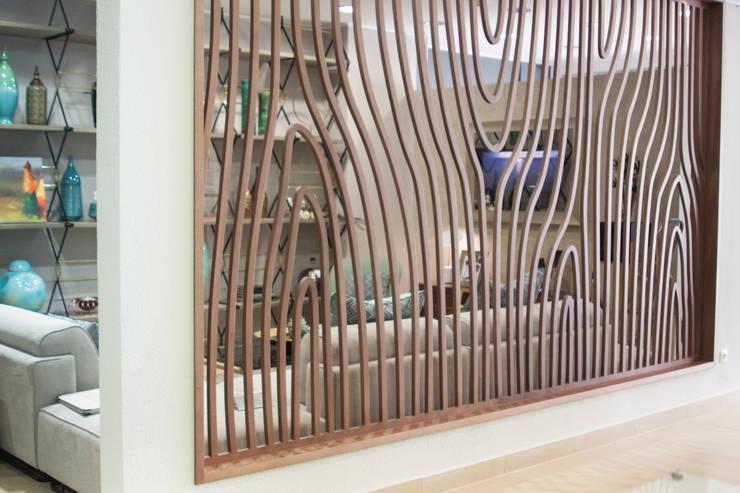 Divisória: Casa  por Glim - Design de Interiores
