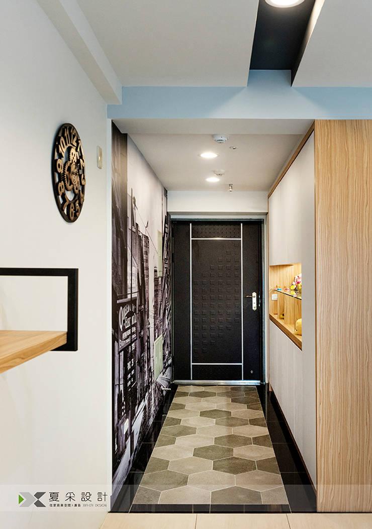 Ingresso & Corridoio in stile  di 寬森空間設計