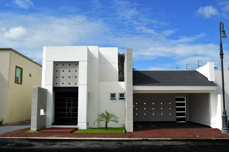 Casas de estilo moderno por TRES EFE ARQUITECTOS