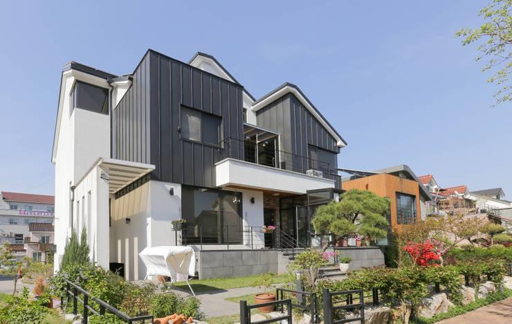 Casas modernas de THE JK Moderno
