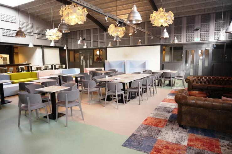 overzicht 2:  Kantoren & winkels door AID Interieur Architecten