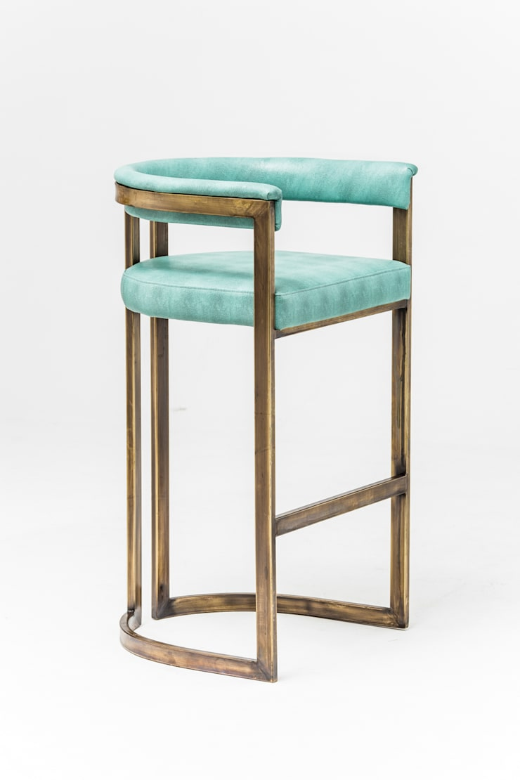 Agate barstool:  Kitchen by Egg Designs CC