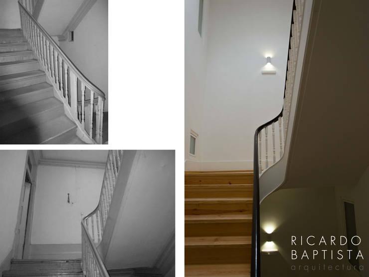 Escadaria interior (antes e depois):   por Ricardo Baptista, Arquitecto