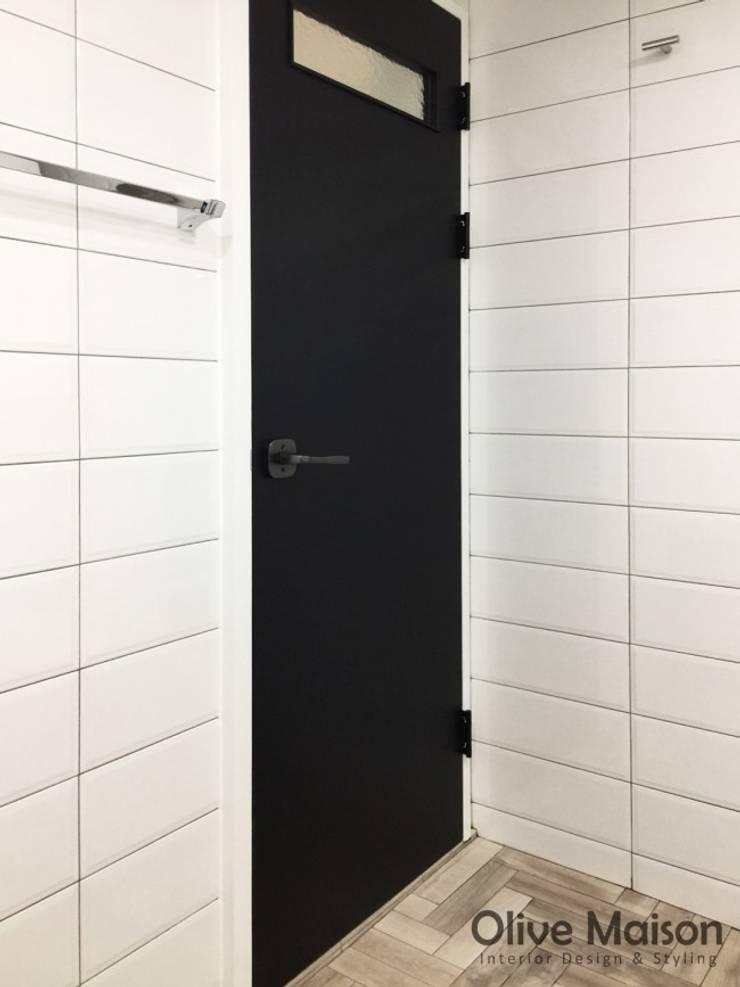 성동구 옥수동 삼성래미안 44평형: Olive Maison의  욕실