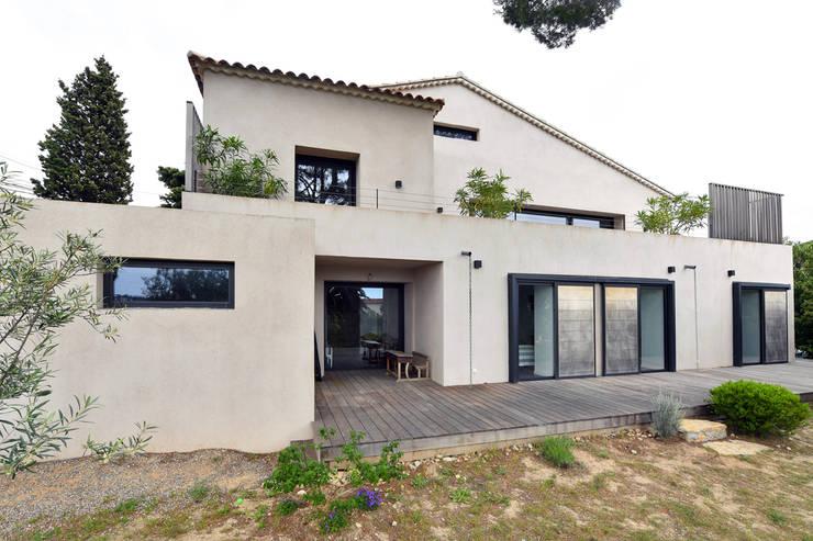 Rumah by Atelier Jean GOUZY