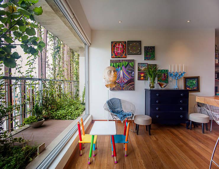 Edificio Madreselva: Salas de estilo  por Vicca Verde