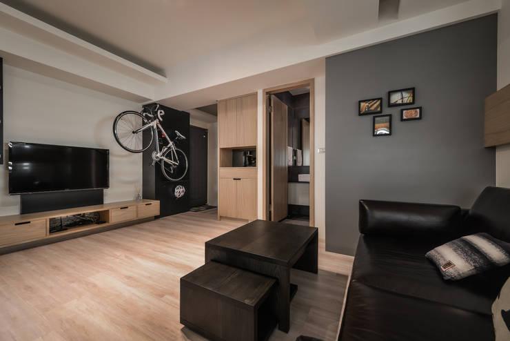 特殊展示:  客廳 by 存果空間設計有限公司