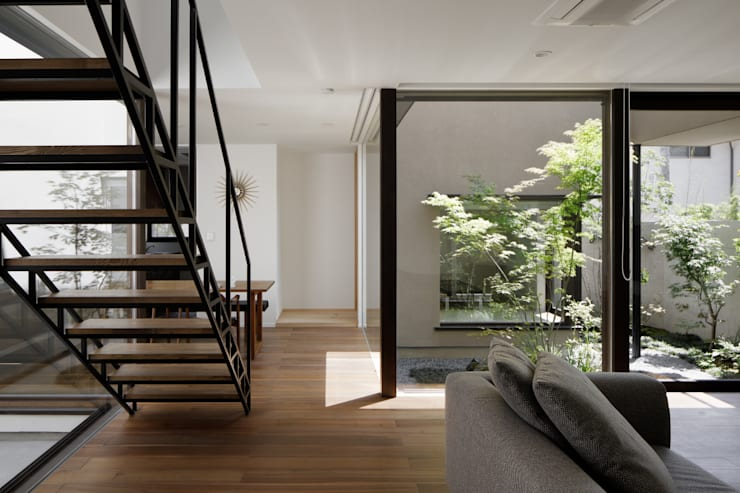Salas / recibidores de estilo  por atelier137 ARCHITECTURAL DESIGN OFFICE