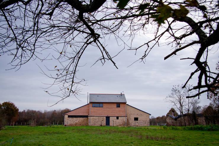 Projekty,  Domy zaprojektowane przez Atelier Claire Dupriez