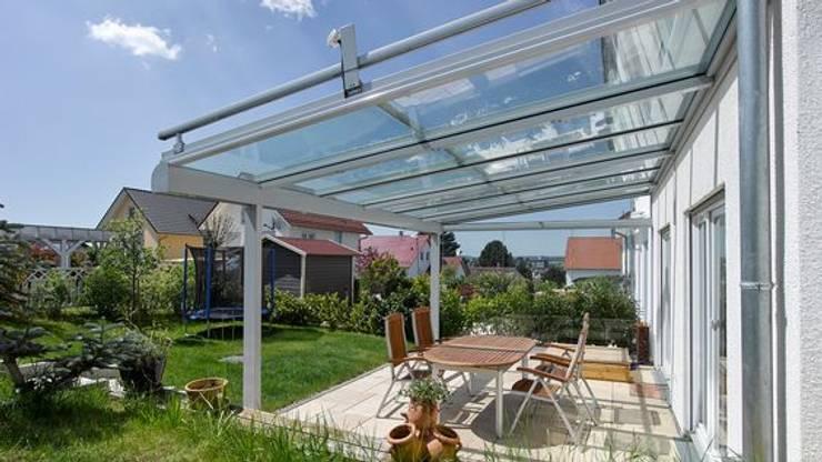 Zanker Jardino – Terrassendach-System:  Häuser von homify