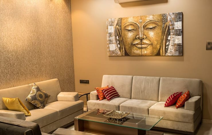 Rishi Villa - Pune:  Living room by Aesthetica