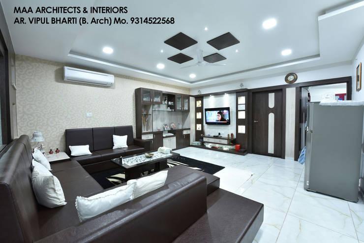 M.M Mehta Ji :  Living room by MAA ARCHITECTS & INTERIOR DESIGNERS