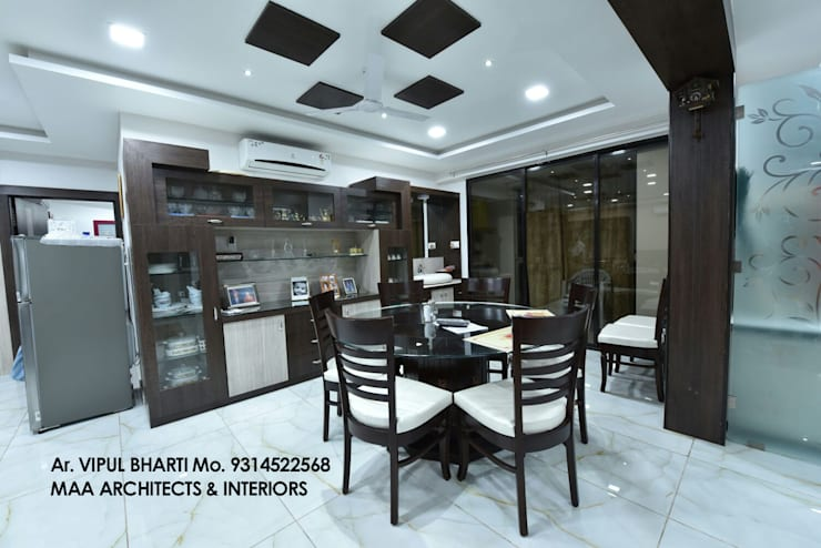 M.M Mehta Ji :  Dining room by MAA ARCHITECTS & INTERIOR DESIGNERS