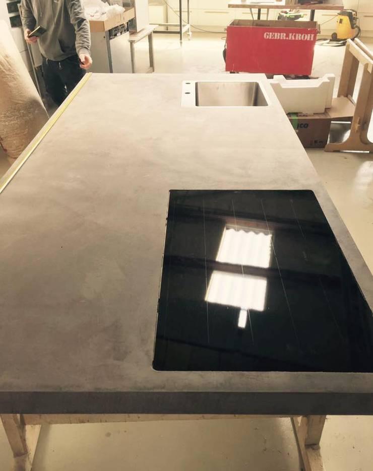 Küchenarbeitsplatte aus Beton von Concept Beton GmbH | homify