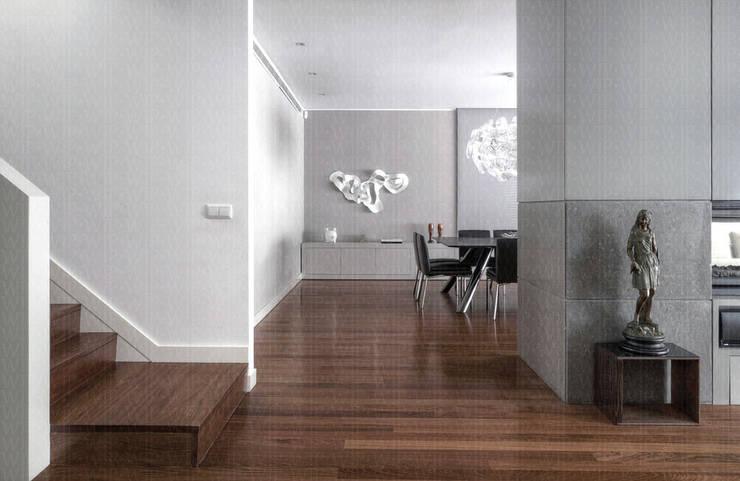 Corridor & hallway by INAIN Interior Design